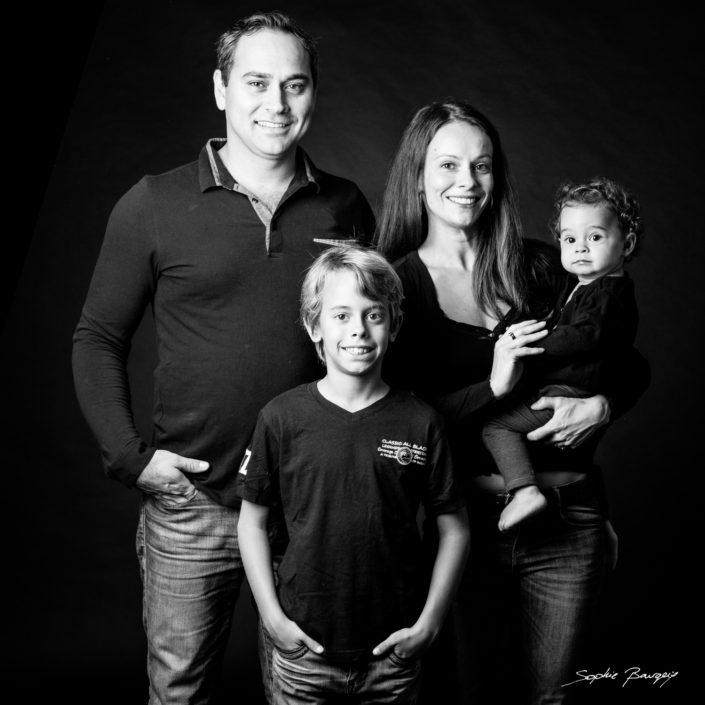 portrait de famille aix en provence aix en provence noir et blanc