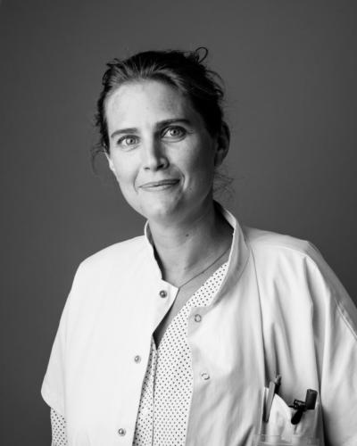 Portrait SophieBourgeix nous sommes servicepediatriemultidisciplinaireLaTimone19
